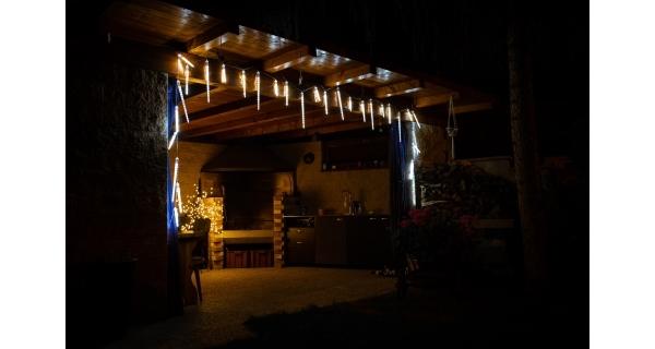 Cencúle s tečúcim efektom 220 LED - studená biela, 10 ks (3 rôzne veľkosti)
