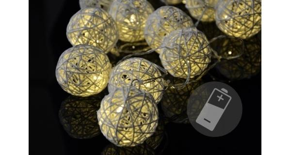 Reťaz - ratanové gule - 20 LED