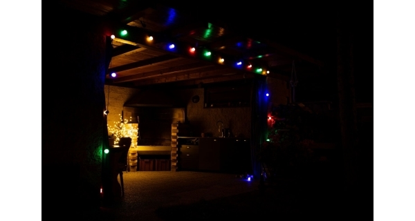 Svetelná párty reťaz 50 LED - farebná
